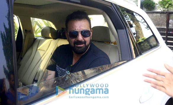 संजय दत्त चार्टर फ़्लाइट में जोधपुर से आए
