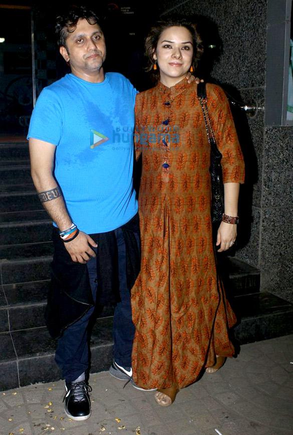 अर्जुन कपूर और मोहित सूरी कास्ट और क्रू के साथ 'हाफ़ गर्लफ़्रेंड' की स्क्रीनिंग की शोभा बढ़ाते हुए