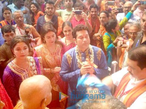 ऐश्वर्या राय बच्चन और सचिन तेंदुलकर का परिवार वडाला में जीएसबी गणेश पांडाल पहुंचा
