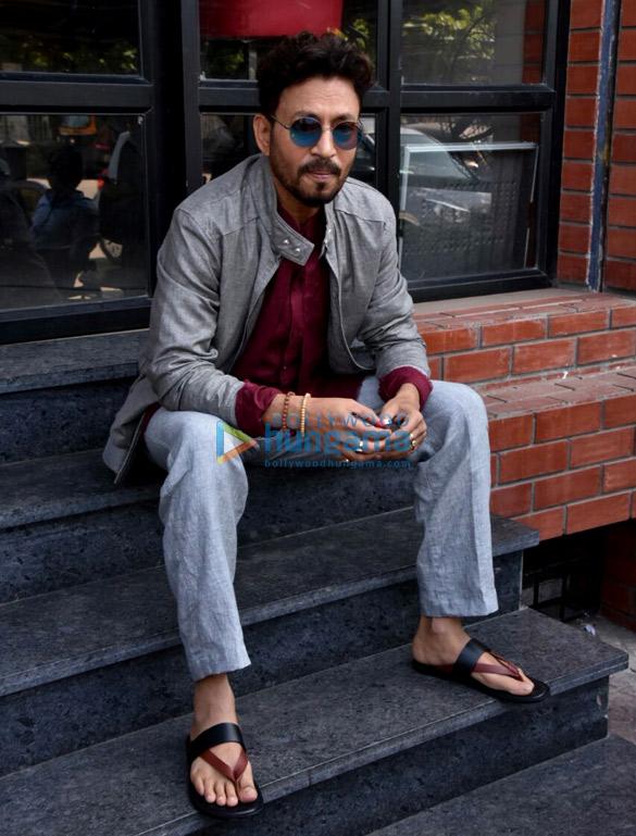 'करीब करीब सिंगल' के प्रमोशन के हिस्से के रूप में इरफ़ान खान गए कॉफ़ी डेट पर