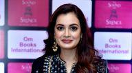 दिया मिर्ज़ा ने दिल्ली में 'The Sound Of Silence' बुक लॉंच की शोभा बढ़ाई