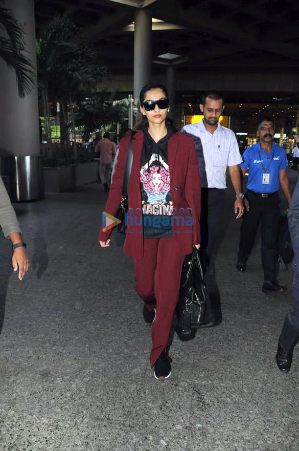 शिल्पा शेट्टी, काजोल, सोनल कपूर आहुजा और अन्य एयरपोर्ट पर आए नजर