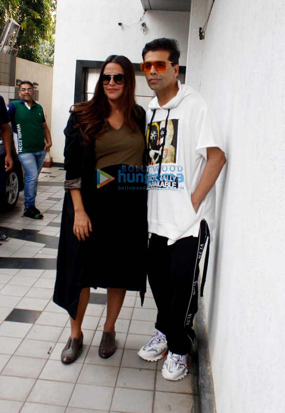 करण जौहर और नेहा धूपिया अपने शो नो फ़िल्टर नेहा सीजन 3 की शूटिंग से पहले आईं नजर