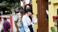 Photos: अलाया एफ, ऐश्वर्या ठाकरे, और स्मिता ठाकरे जुहू में Chin Chin Chu में नजर आईं