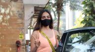 Photos: कियारा आडवाणी बांद्रा में एक डांस क्लास में नजर आईं