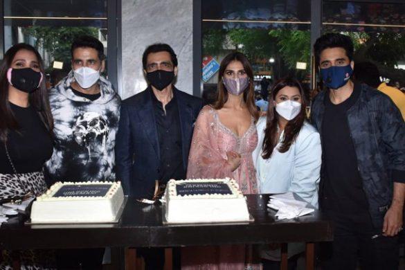 दिल्ली में बेल बॉटम का ग्रैंड ट्रेलर लॉन्च | अक्षय कुमार | हुमा कुरैशी | वाणी कपूर