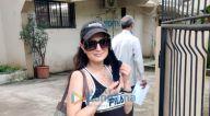 Photos: अमीषा पटेल और फराह खान जुहू के क्रोमाके सैलॉन में नजर आईं