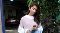 Photos: पूजा हेगड़े डबिंग स्टूडियो में नजर आईं