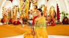 Photos: रानी मुखर्जी, काजोल, सुमोना चक्रवर्ती और अन्य नॉर्थ बॉम्बे सर्बोजेनिन दुर्गा पूजा समिति 2021 में नजर आईं